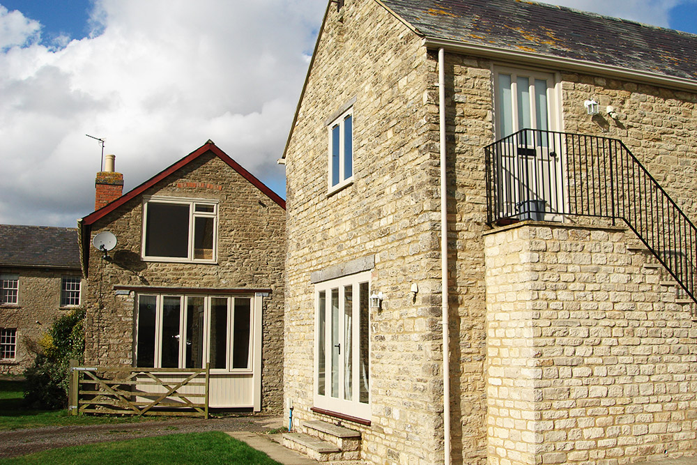 • Brackley short let cottages